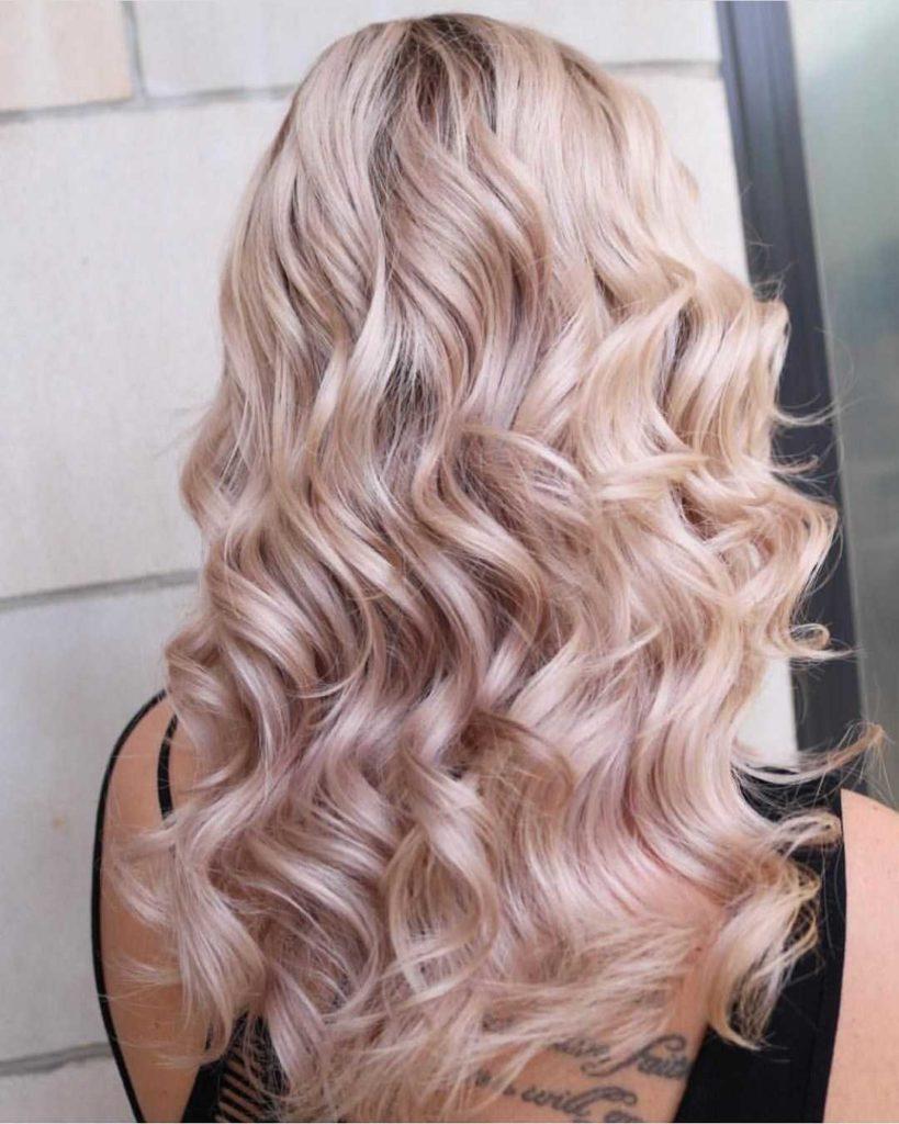 980f2b96abfa060ef6fb6800461efc59 1 819x1024 - Цвет жемчужный блондин: оттенки, фото, краска, как покраситься
