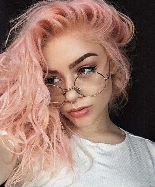 98ff4a0e382377567c4dd47cee1475ca - Цвет клубничный блонд: оттенки, волосы, фото, краска