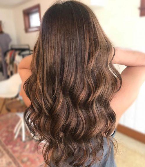 dashing long balayage for olive skin caramel brown 500x577 - Цвет волос шатен краска, фото, кому подходит