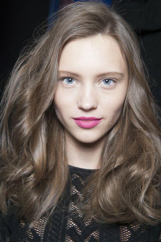 e6524a912ee4d322f2611dbaa5e9b333 - Русый цвет волос: оттенки, фото, краска, как покраситься