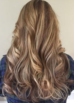 f73622684b869595433bf8d023c42936 girlie style blonde highlights - Цвет темный блонд: оттенки, волосы, краска, фото