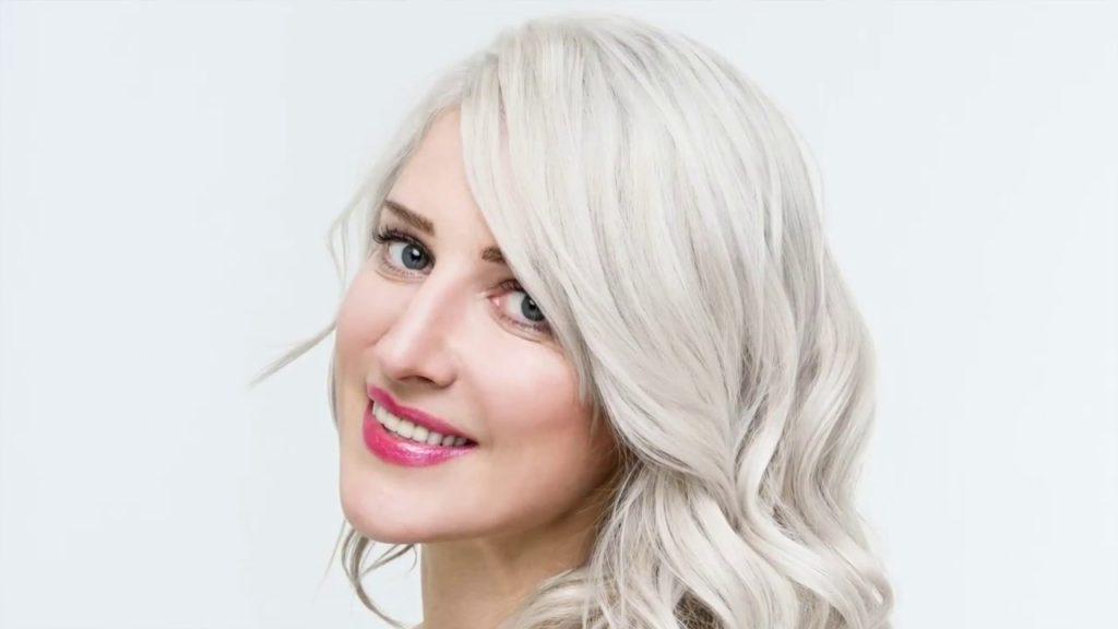 maxresdefault 1024x576 - Цвет жемчужный блондин: оттенки, фото, краска, как покраситься