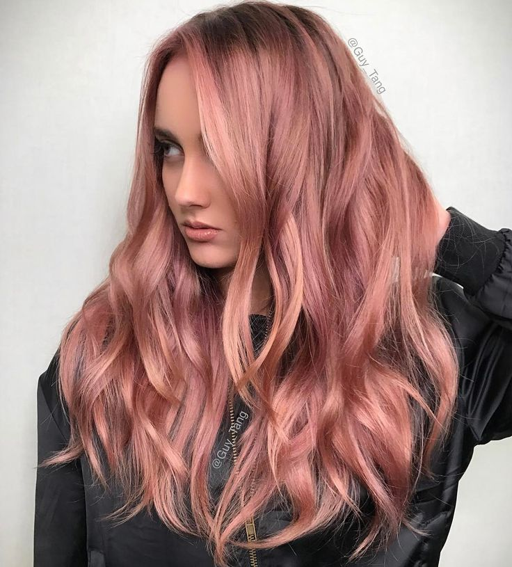 trends 2018 gold rose hair color wavy rose gold hair by guy tang on instagram - Цвет клубничный блонд: оттенки, волосы, фото, краска