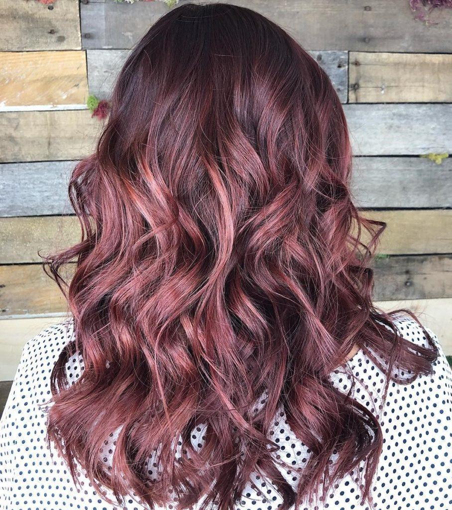 1 908x1024 - Бордовый цвет волос: оттенки, фото, краска, как покраситься
