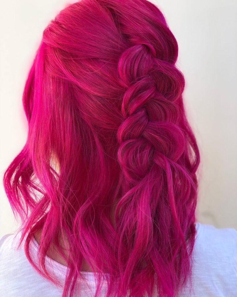 819x1024 - Бордовый цвет волос: оттенки, фото, краска, как покраситься