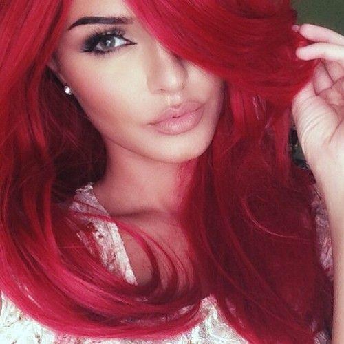 Red hair and a nice makeup - Бордовый цвет волос: оттенки, фото, краска, как покраситься